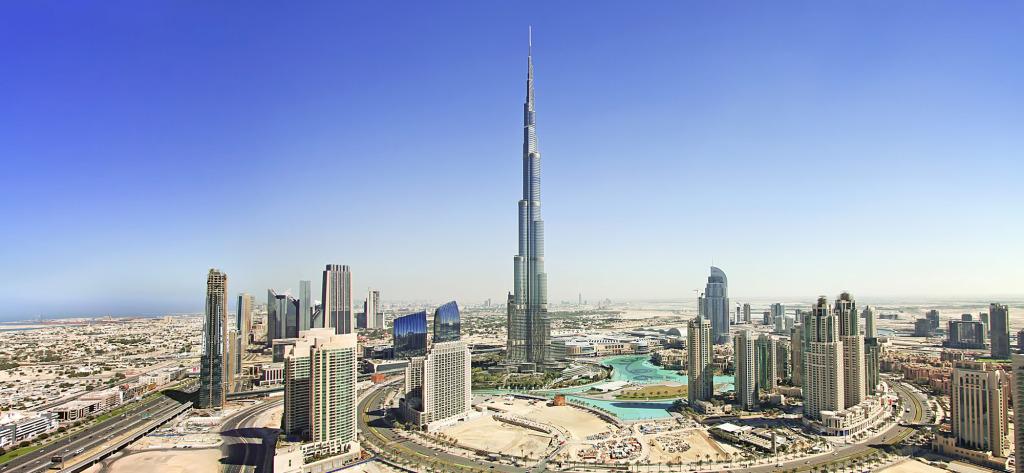 Downtown Dubai, Burj Khalifa in the center